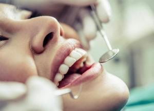 L'impact du grignotage sur la santé bucco-dentaire